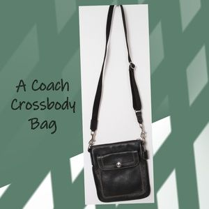[RARE]  Coach Black Pebbled Leather Crossbody Bag
